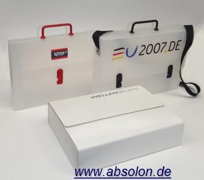 Werbeartikel: Mappen, Ordner, Koffer=Koffer aus Polypropylen und Karton weiss,
