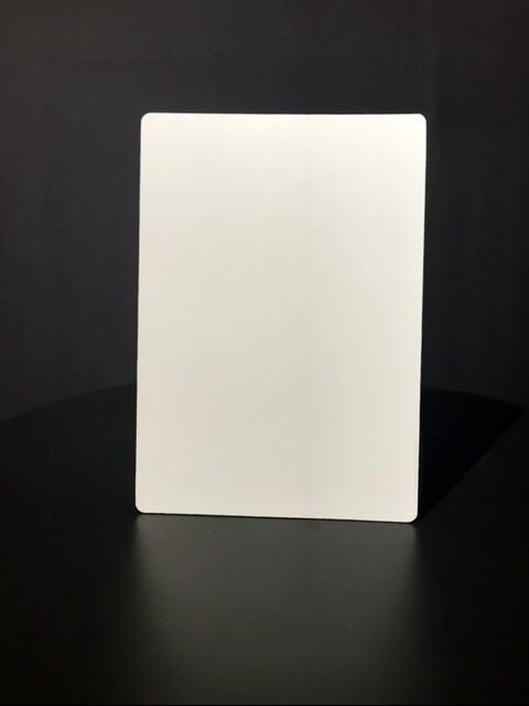 Werbeartikel: Weisse Artikel ab Lager=Tisch-displays, Tisch-aufsteller,